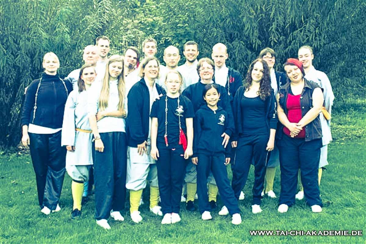 Die bunt gemischte Gruppe der Shaolinwoche des Shaolin Kulturzentrums Bielefeld.