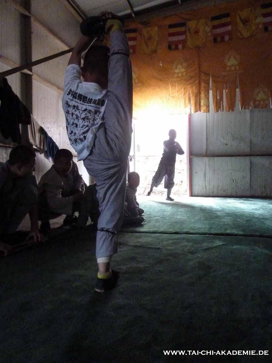 Auch im harten Training in China gibt es Verletzungspotenzial