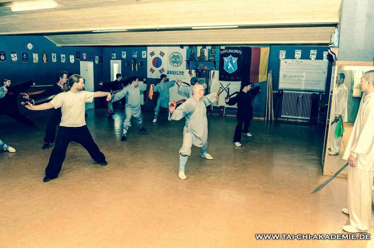 Unsere gemischte Gruppe beim Training. Wir danken Meister Horst Lauck das wir teilnehmen konnten.
