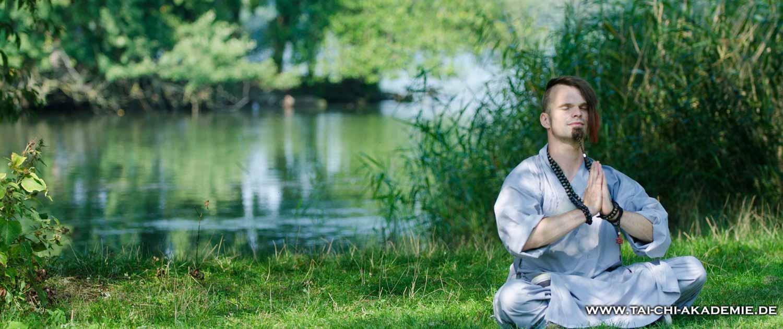 Unser Trainer Jörg Roth wird unsere neuen Meditationskurse leiten