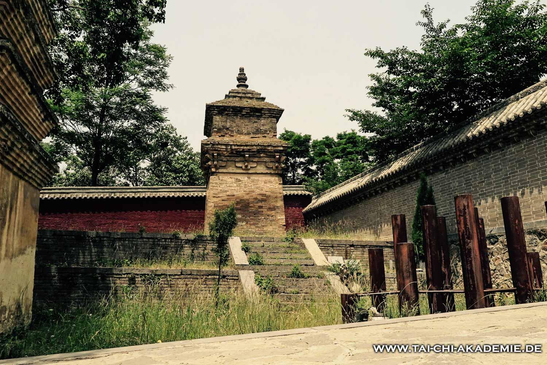 Diese Pagode steht im Seitenflügel des Tempels, zu dem die Touristenströme keinen Zutritt haben.