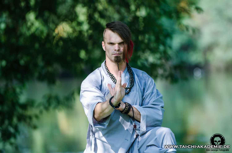 Jörg Roth trainiert Kung Fu, Tai Chi und Qi Gong in unserem Verein